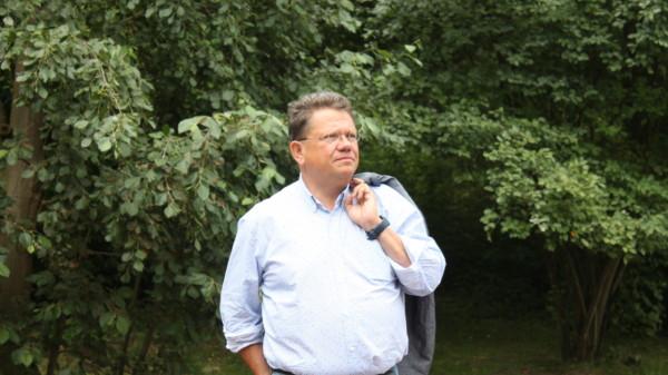 Dr. Andreas Philippi